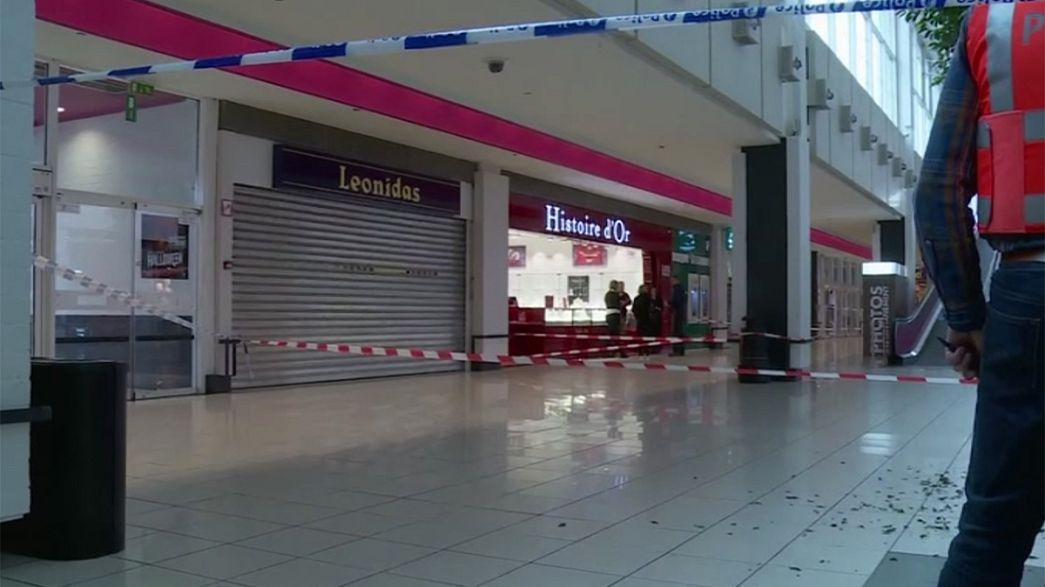 Assalto a joalharia obriga à evacuação de centro comercial belga