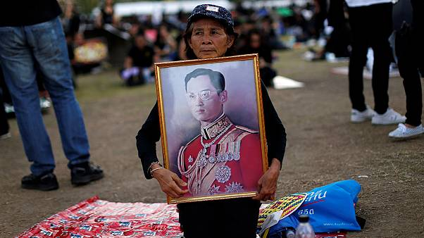Thai government calls on Google to take down content insulting monarchy