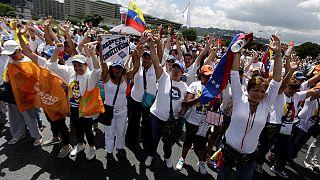 Venezuela: Manifestação contra a suspensão do referendo revogatório
