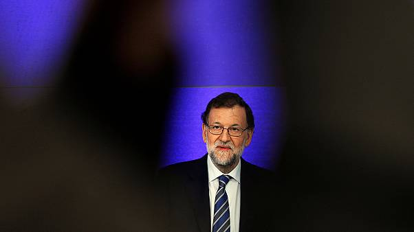 İspanya'da Sosyalist Parti, güvenoylamasında çekimser kalacak