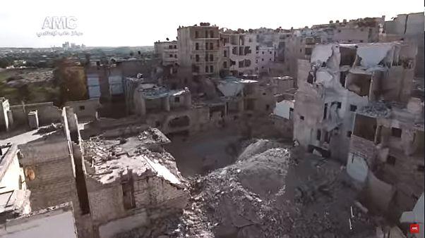 Alep en ruine filmée par un drone