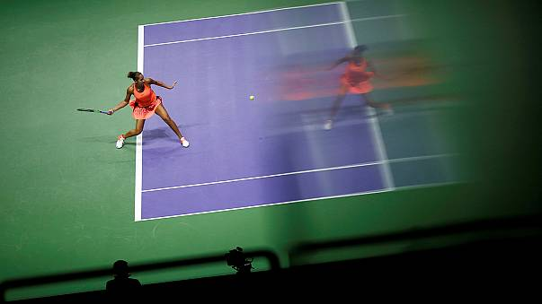 Debut con victoria de Kerber y Halep en el Masters de Singapur
