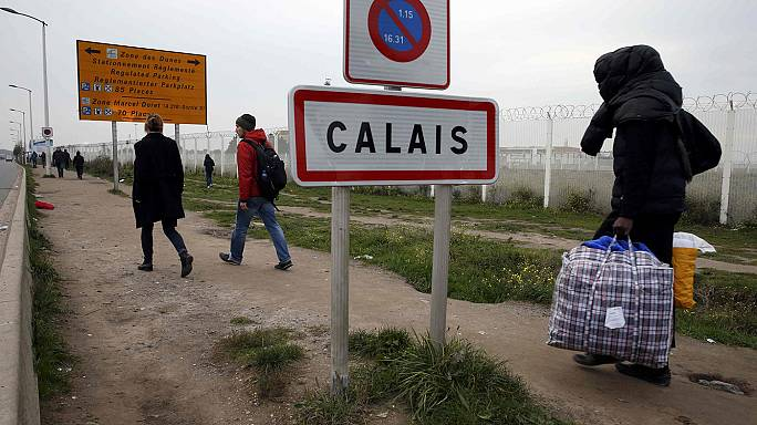 Calais sığınmacı kampında sona gelindi