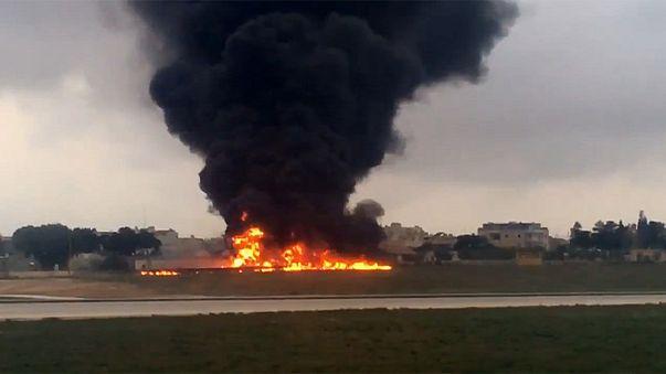 مقتل 5 أشخاص إثر تحطم طائرة صغيرة في مالطا