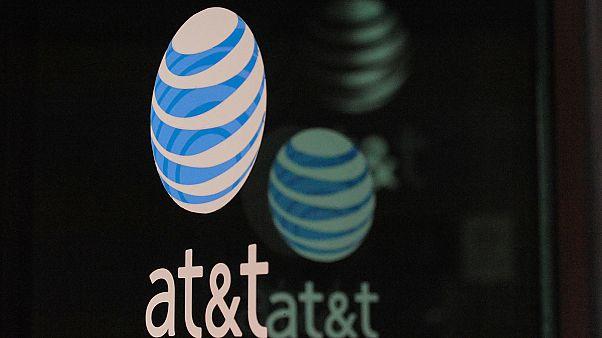 Συμφωνία Time Warner- AT&T: αντιδράσεις για τον μιντιακό «μεγαθήριο»!