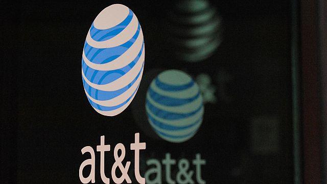 AT&T-Time Warner: Mega fusão inquieta grupos rivais e classe política