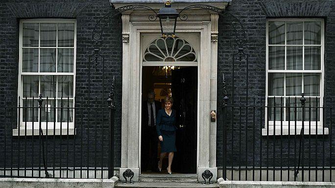 Brexit : Theresa May veut le soutien des Ecossais, des Gallois et des Irlandais