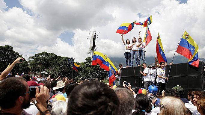 Венесуэла: политической стабильности может посодействовать папа римский