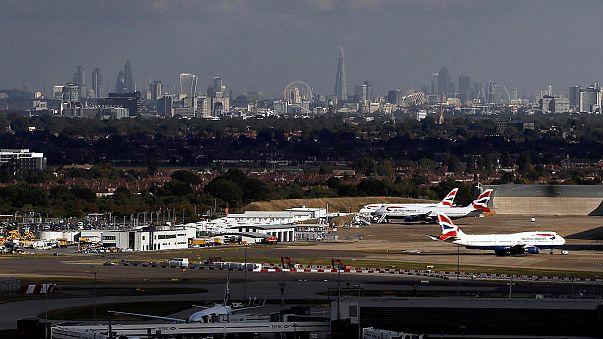 الحكومة البريطانية توافق على توسيع مطار هيثرو