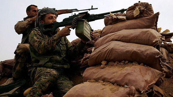 القوات العراقية والكردية تواصل تقدمها بإتجاه الموصل