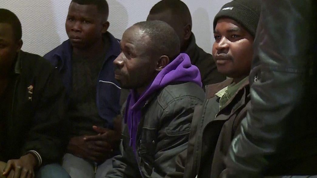 Мигранты из «Джунглей» будут жить в замке на Луаре