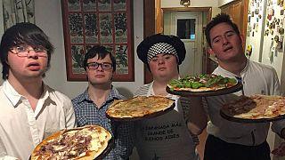 Las pizzas de los Perejiles, un grupo de chicos con síndrome de Down, dan la vuelta al mundo