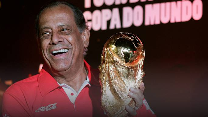 Brazil's 1970 World Cup winning captain Carlos Alberto dies