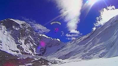 Valery Rozov base jumps from 7,700 metres