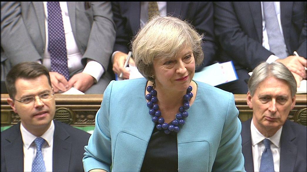 Reino Unido: Theresa May receava as consequências do Brexit