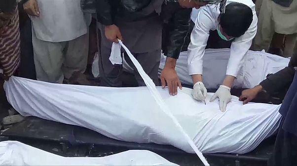 کشتار۳۰ غیرنظامی در افغانستان به دست داعش