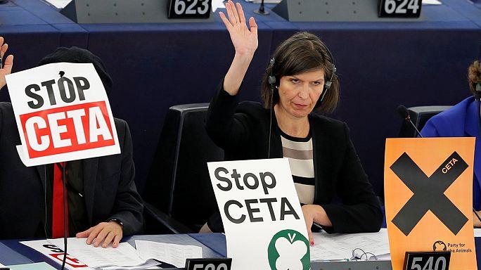 بيزنس لاين: والونيا ترفض الاتفاق الأوروبي الكندي للتجارة الحرة
