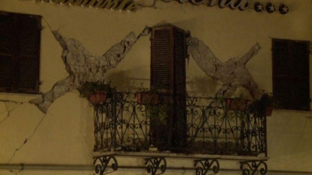 Два мощных землетрясения в центральной Италии