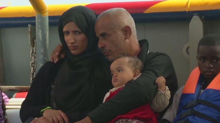 Καθημερινές διασώσεις μεταναστών στη Μεσόγειο Θάλασσα
