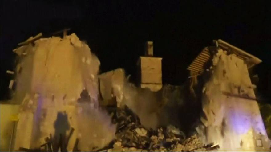 Video: 15th-century Italian church collapses during earthquake