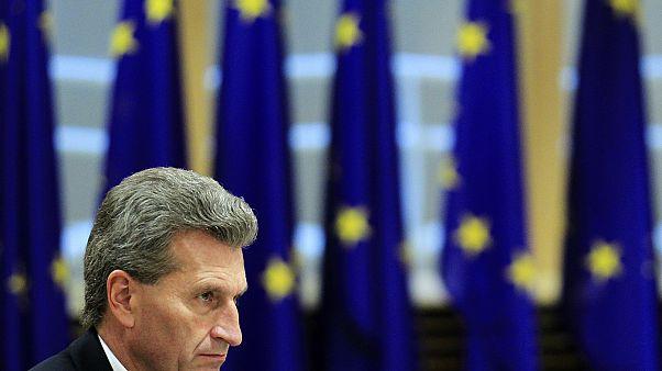Ελλάδα: Επίσκεψη του επιτρόπου Έτιγκερ για την προώθηση της ψηφιακής οικονομίας