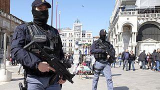 Deux Egyptiens soupçonnés de terrorisme arrêtés
