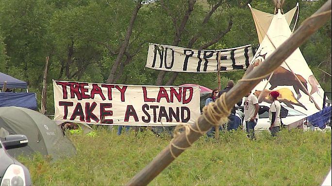 Proteste gegen Pipeline: US-Polizei geht gegen Indianerstämme vor