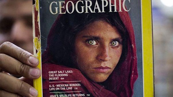 """Berühmtes afghanisches """"Mädchen mit den grünen Augen"""" in Haft"""
