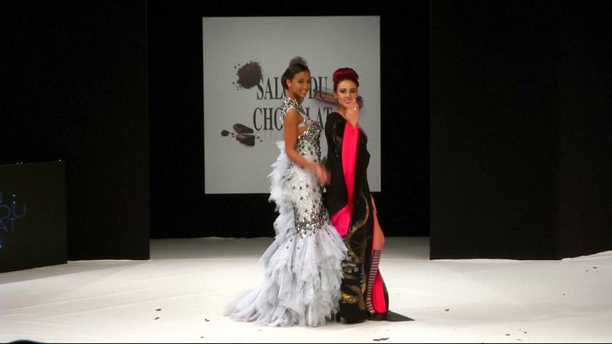 Models wow Paris catwalk wearing chocolate creations