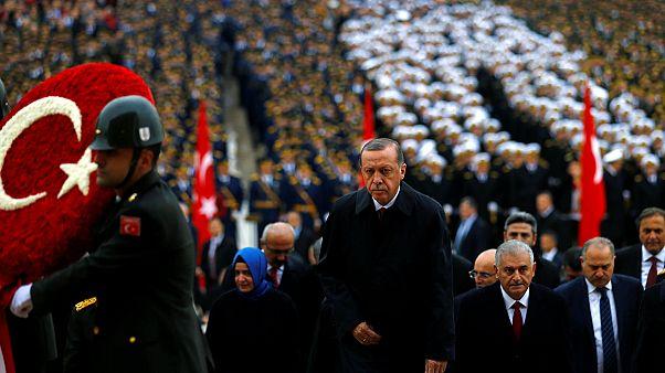 Gestärkt durch den Militärputsch: Türkei begeht Nationalfeiertag