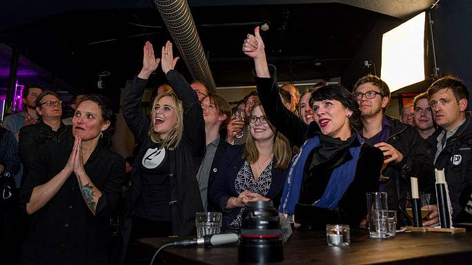 Пиратская партия заняла третье место на выборах парламента Исландии