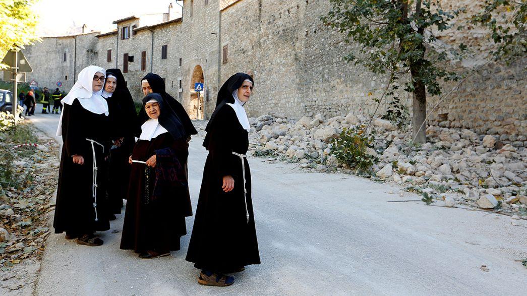 """Séisme en Italie : à Rome, """"tout le monde était terrifié"""""""