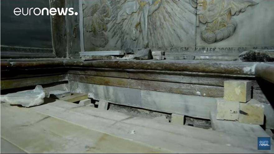 Original rock of tomb of Jesus revealed