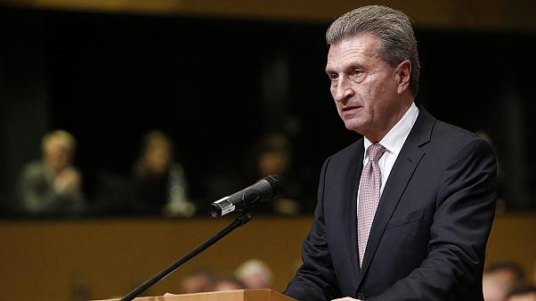 """Oettinger: Saloppe Rede oder """"mit Trump in der Umkleide""""?"""