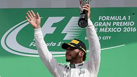 Formula One: Hamilton wins in Mexico to prevent teammate Rosberg's early title celebrations