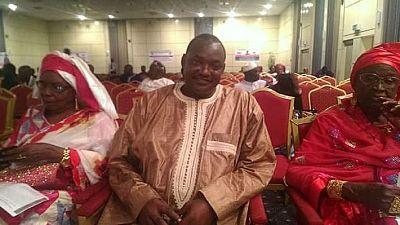 Gambie: l'opposition choisit son leader pour ''évincer'' Yahya Jammeh