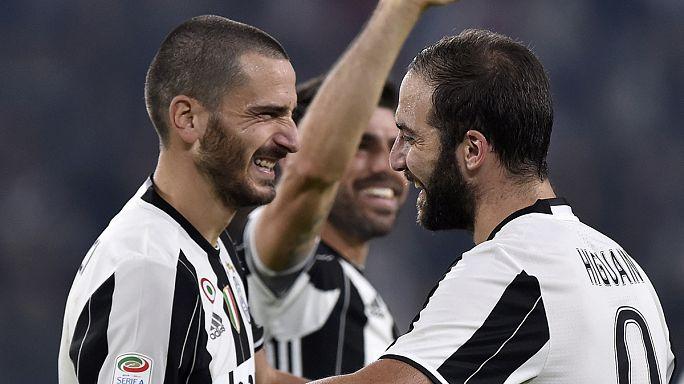 Juventus forward Higuain strikes winner against former club Napoli