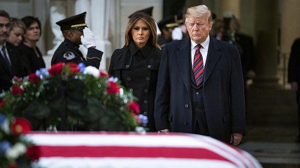 Image: George H.W. Bush dies at age 94