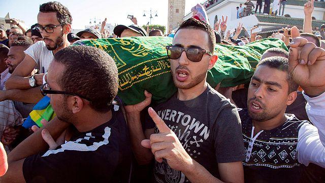 الشارع المغربي غاضب لمقتل محسن فكري والملك يطلب اجراء تحقيق دقيق