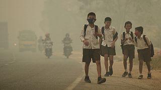 Unicef: uno de cada siete niños en el mundo respira aire tóxico