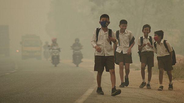 تقرير اليونيسف:300 مليون طفل يستنشقون هواءً سامًا