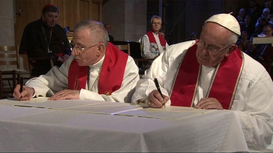 Avec les luthériens, le pape prône la réconciliation des chrétiens