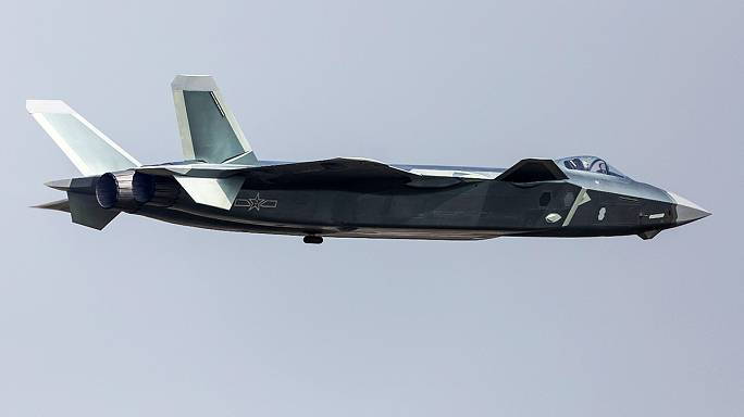 China displays J-20 stealth jet at country's biggest air show