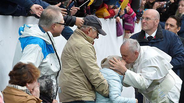 پاپ در مراسم بزرگداشت نهضت لوتری در سوئد حاضر شد