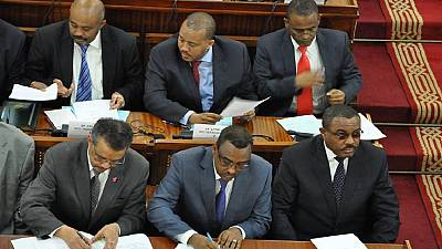 Ethiopia reshuffles government, two Oromos occupy key positions