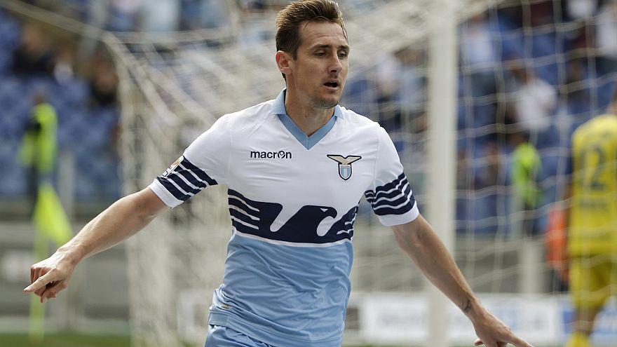 Miroslav Klose integra equipa técnica da Mannschaft