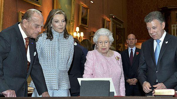 Juan Manuel Santos recibido con honores en Londres