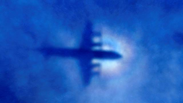 Study suggests missing MH370 plane plummeted into ocean