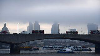 Moody's İngiltere'yi uyardı: Kredi notunu düşürebiliriz