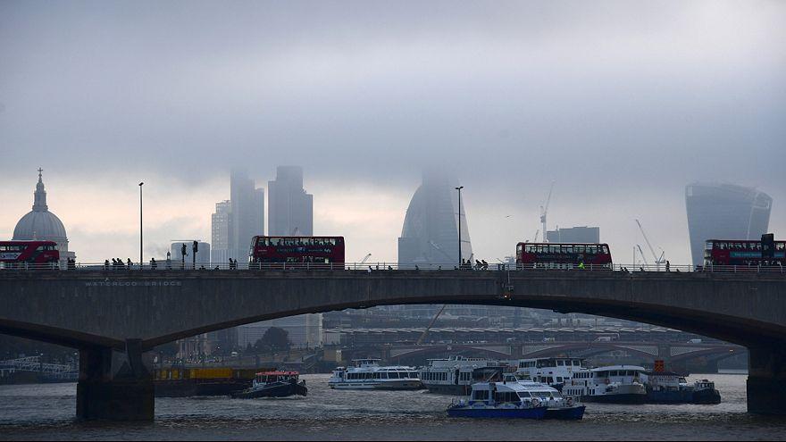 Moody's podría rebajar la nota del Reino Unido si pierde el acceso al mercado único